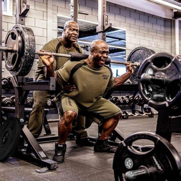 Pantaloni Barbati Augustine Bodybuilding Culturism Verde Militar GorillaWear