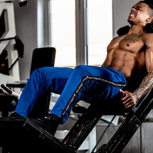 Pantaloni fitness barbati