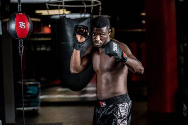 Manusi de MMA Sparring Ely - Negru cu alb